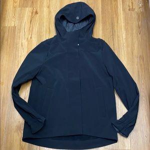 Lululemon rain coat /jacket size 8